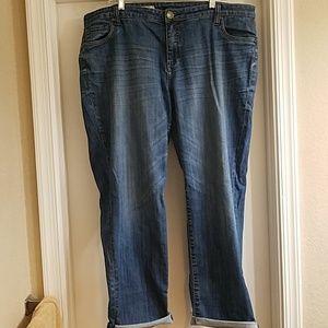 Kut from the kloth boyfriend jeans
